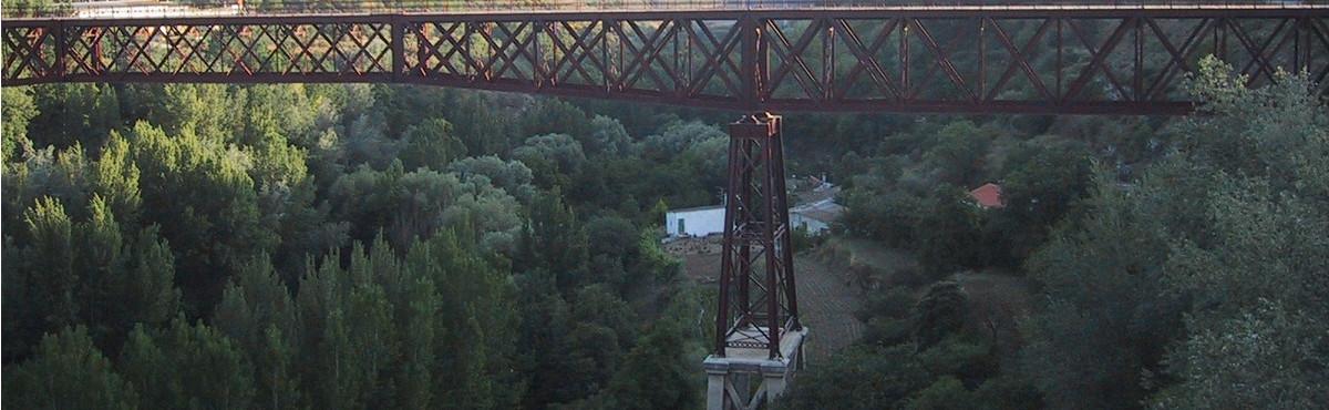 Puente de Lata Laguna Sierra de Dúrcal Panorámica Sierra Dúrcal Valle de Lecrín Granada Andalucía